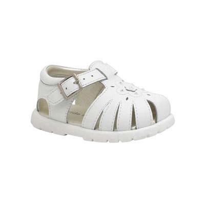 看到这么多可爱的小鞋子,价钱也不贵,真是开心啊,给小雨辛试试这双,又
